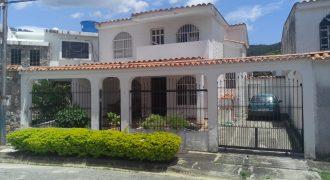 💎 EI018. Cómoda casa en El Pinar, Naguanagua