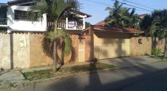 💎 EI300. Espaciosa Casa en Guaparo, Valencia